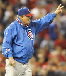 Chicago Cubs Manager Lou Piniella orders two wins --- or beers --- from a Shea vendor