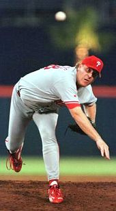 Curt Schilling pitching for the Phillies
