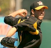 Sean Burnett pitching for the Pittsburgh Pirates