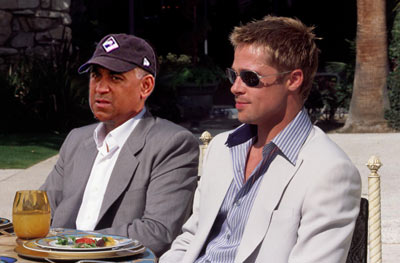 Omar Minaya lunching with Brad Pitt