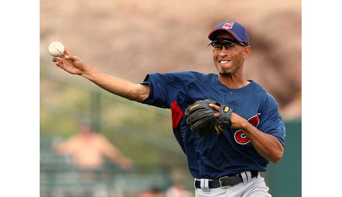 The Mets acquired shortstop Wilson Valdez to bolster the bench and add punch to the lineup.