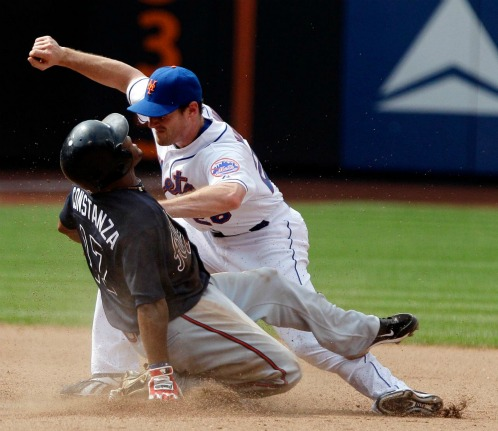 Mets second baseman Daniel Murphy injured by slide of Jose  Constanza