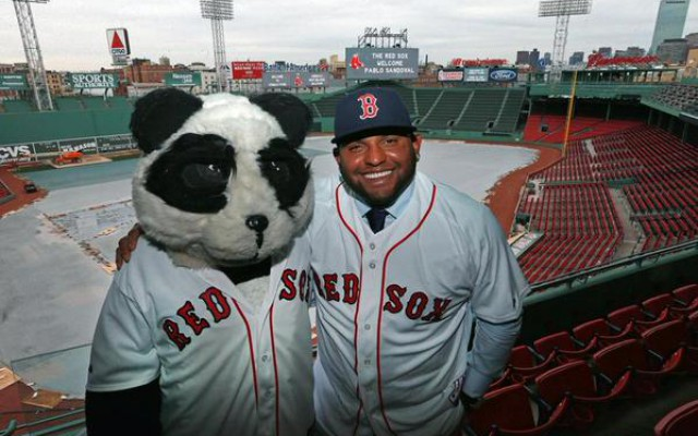 Red Sox Sign Pablo Sandoval